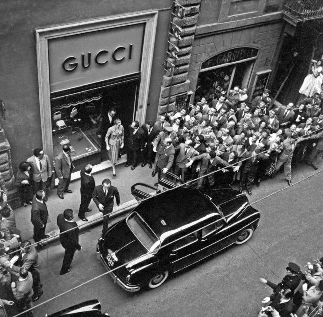 Cửa hàng đầu tiên của Gucci tại Florence Ý đại diện Gucci Việt Nam