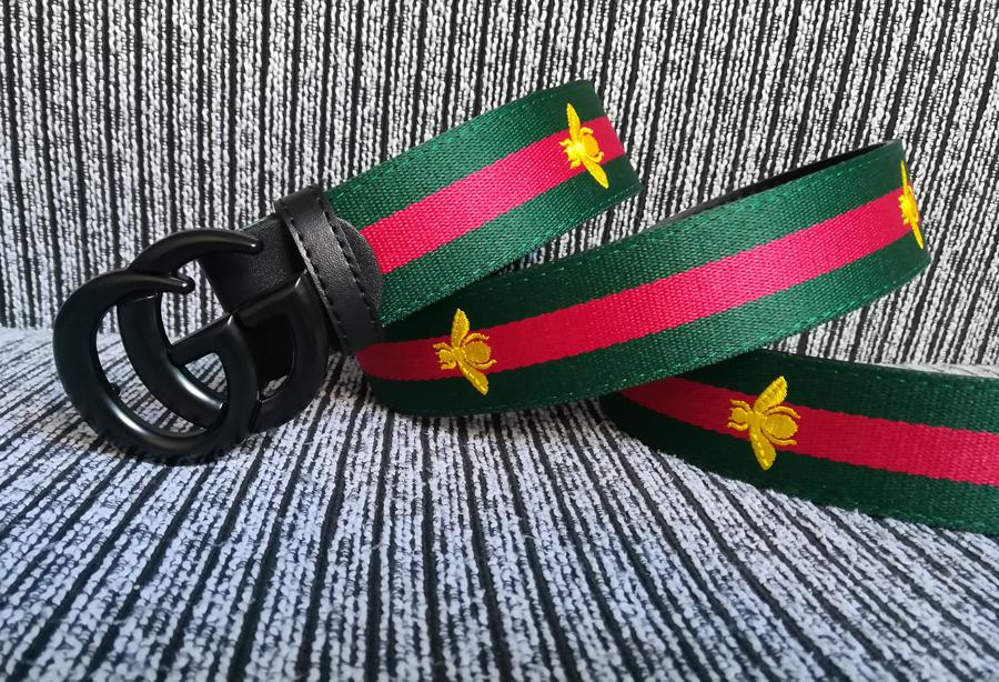 Chiếc thắt lưng xanh lá và đỏ - di sản thương hiệu Gucci