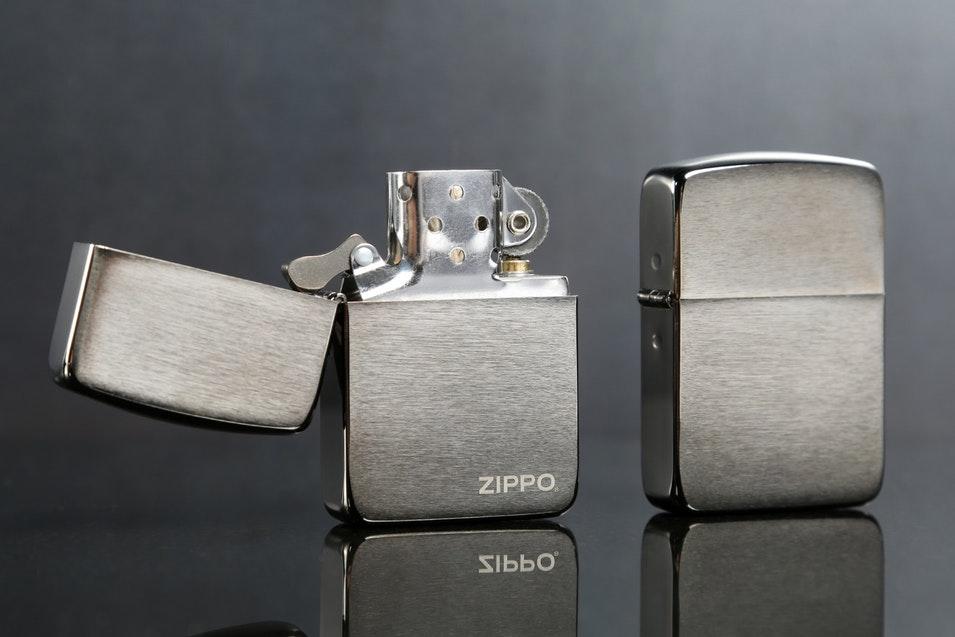 Bật lửa ZiPPO Replica đồng thau chrome xước tại địa chỉ bán ZiPPO Bình Dương