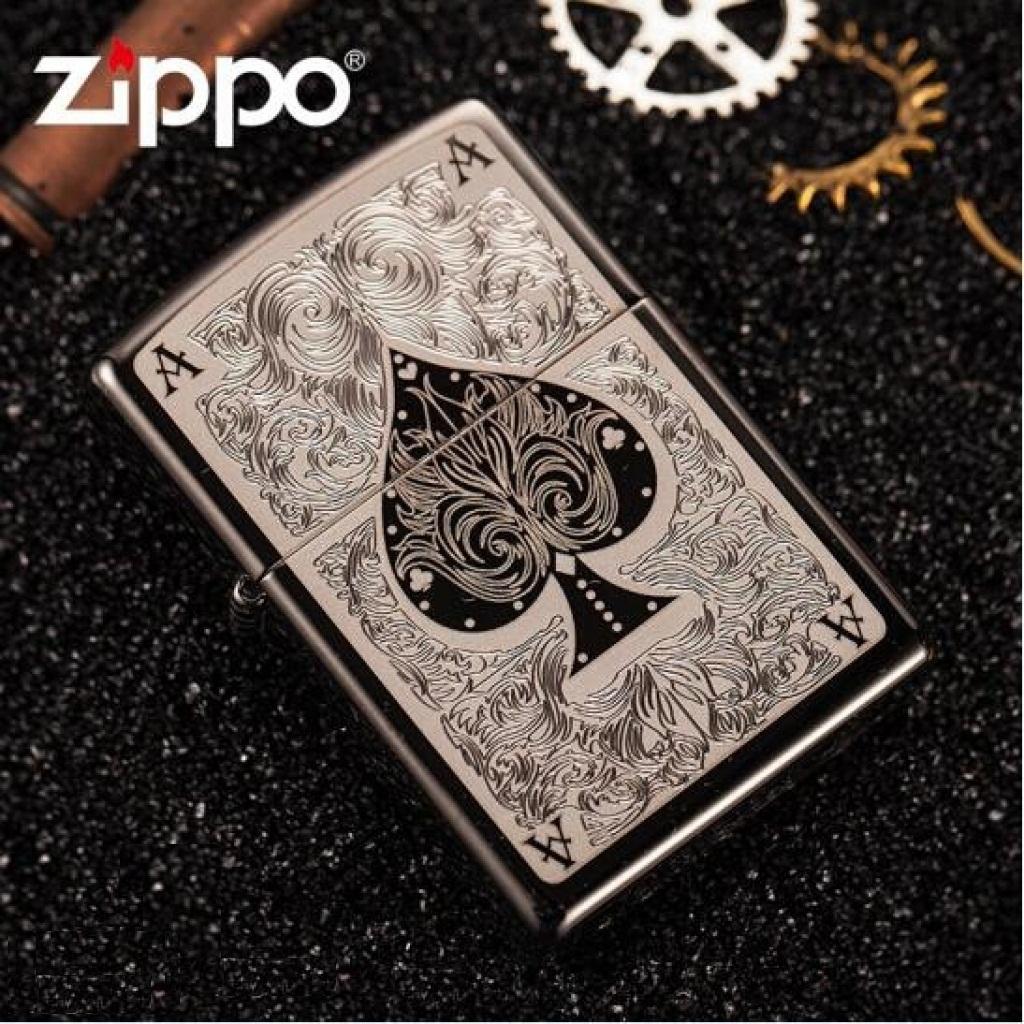 Mẫu ZiPPO Classic đồng thau nguyên khối hình lá bài tại Shop ZiPPO Bình Dương