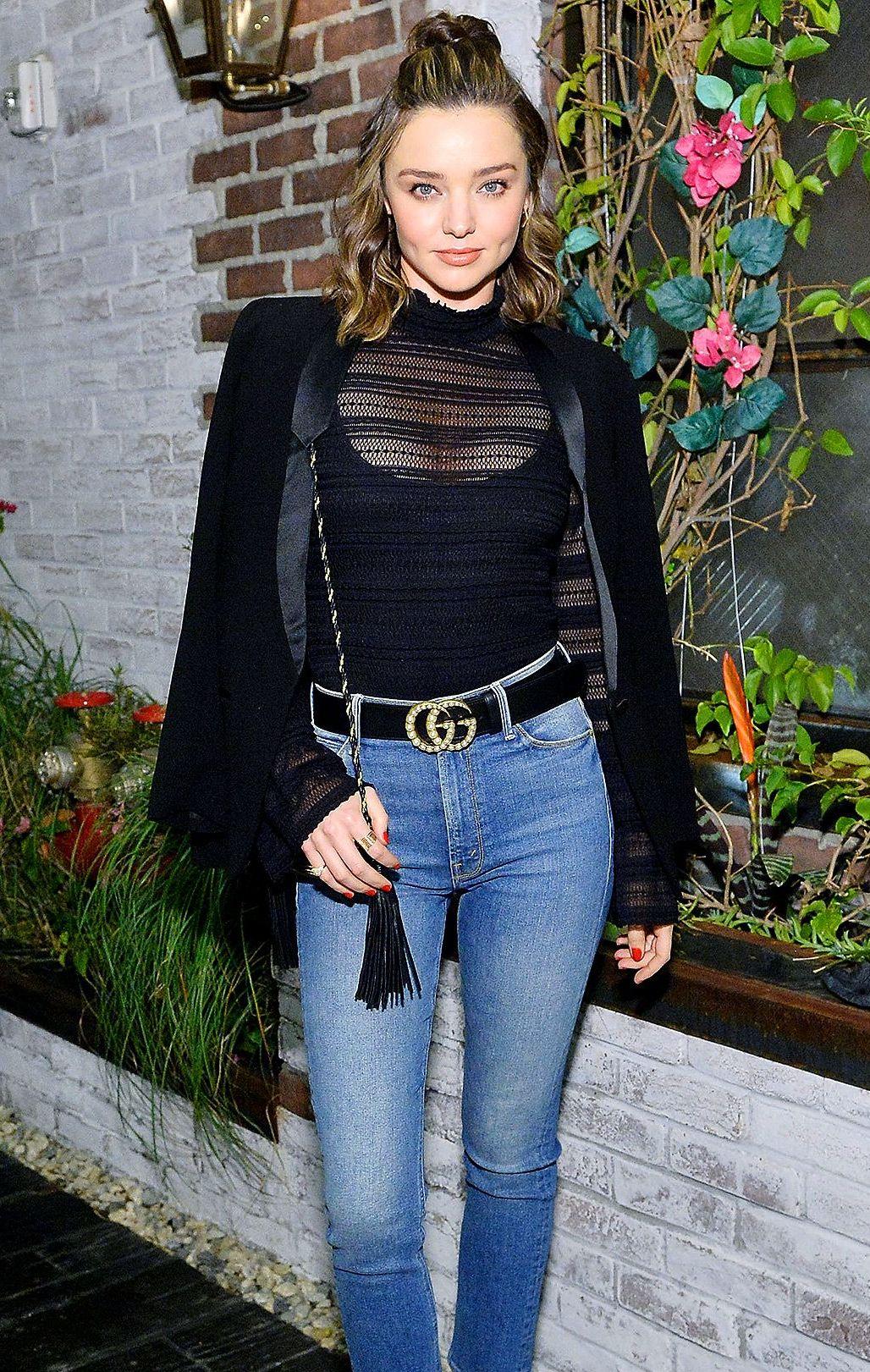 Thắt lưng Gucci đính đá được Miranda Kerr lựa chọn trong một buổi sự kiện