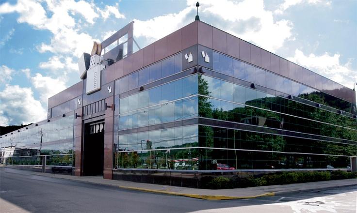 Trụ sở nhà máy sản xuất bật lửa Zippo Bradford PA
