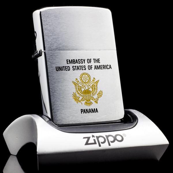 Bật lửa ZiPPO la mãchính hãng tại thị trường ZiPPO Bạc Liệu