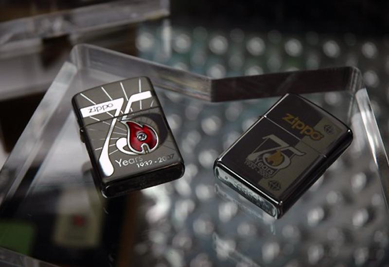 Cận cảnh mẫu bật lửa ZiPPO chính hãng có giá đắt nhất thế giới hiện nay